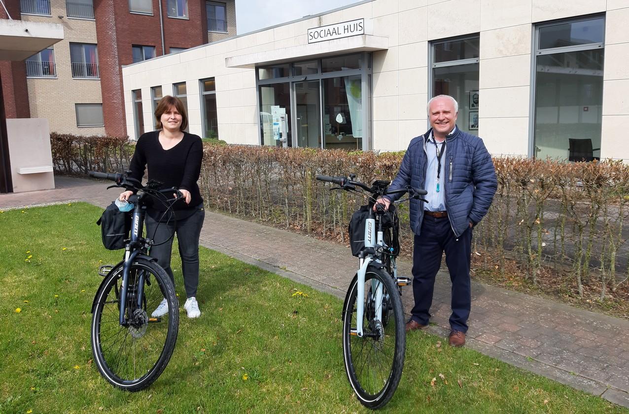 OCMW koopt twee elektrische fietsen voor sociale dienst