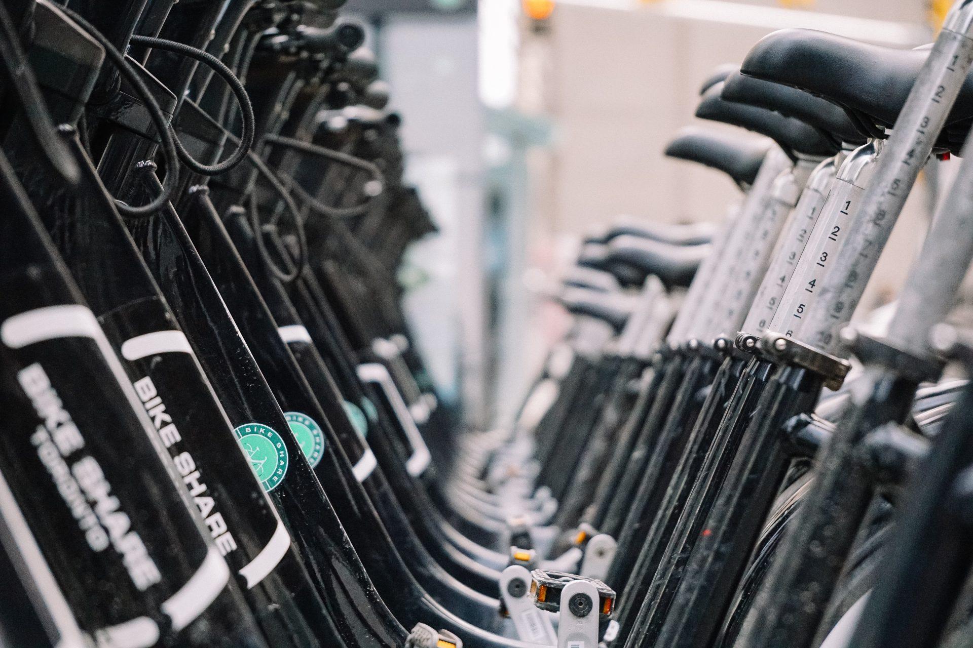 Aankoop van 2 elektrische fietsen voor de technische dienst