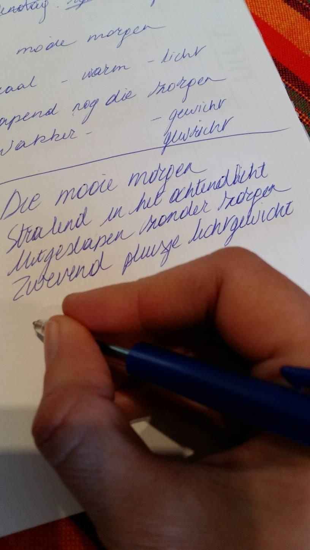 GO! atheneum brengt poëzie naar woonzorgcentra